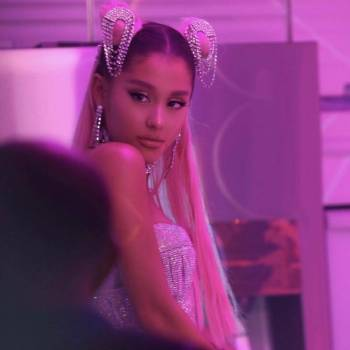 rs_1080x1080-190117134343-ariana-grande-7-rings-music-video-instagram-photos-cc.11719